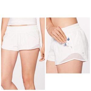 Lululemon Hotty Hot Shorts II Size 8